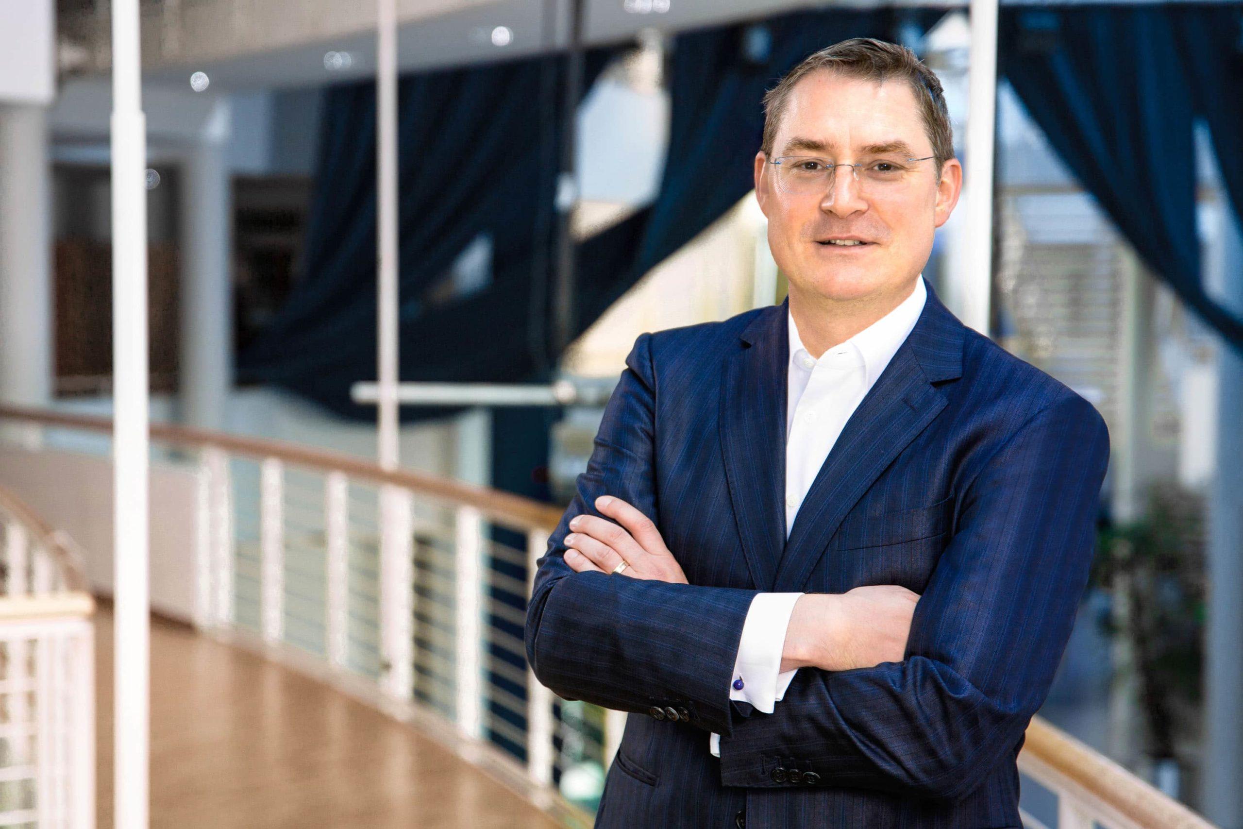 Prof. Dr. Tom A. Rüsen
